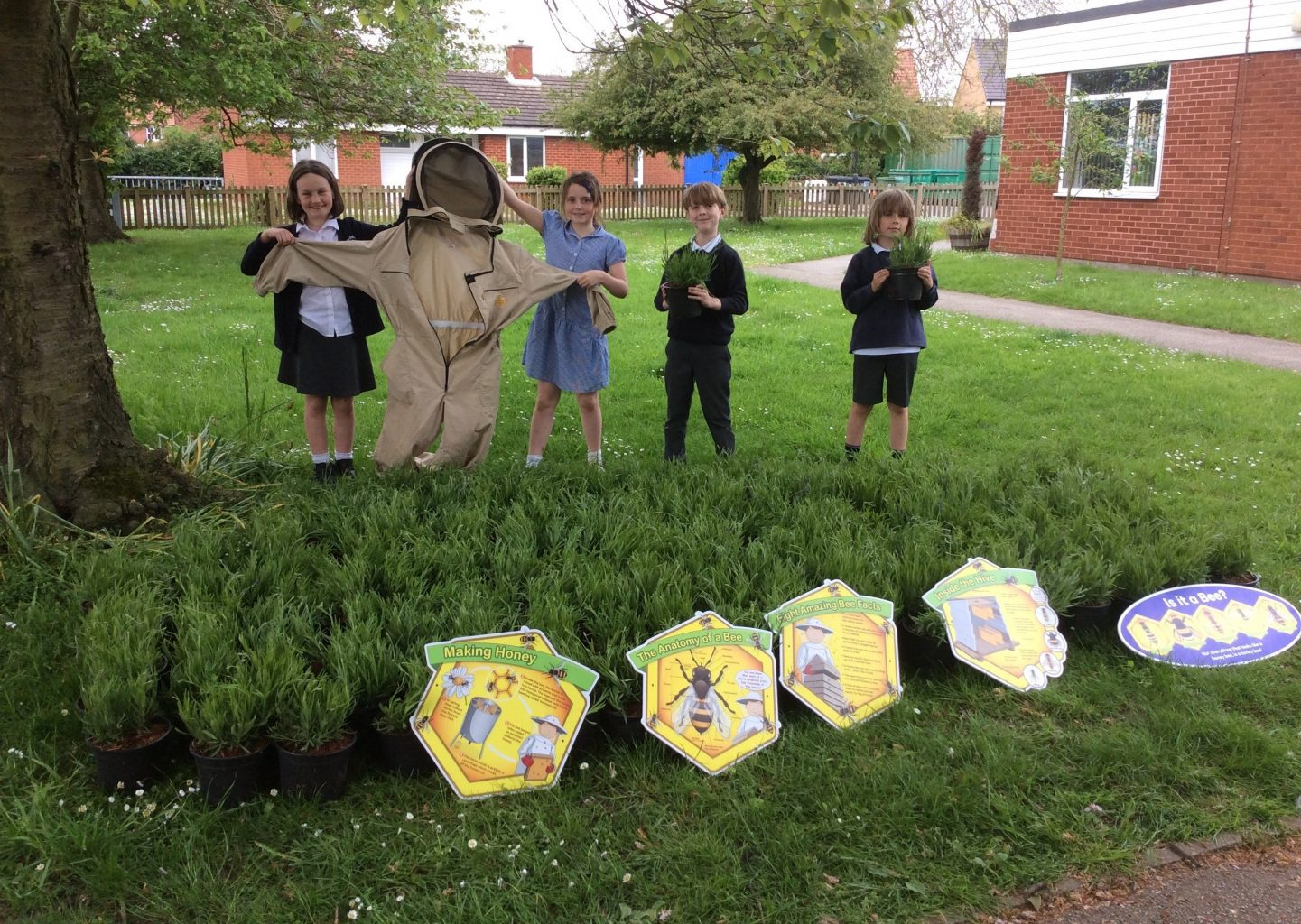 Supporting National Children's Gardening Week