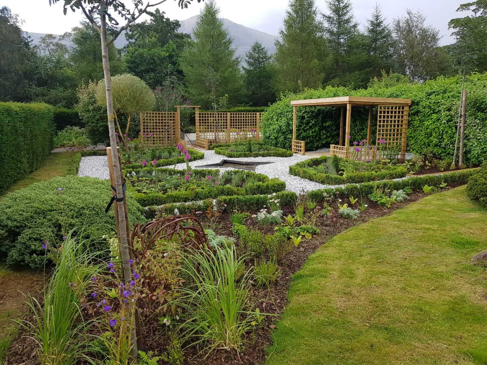 Johnsons' plants make a scenic trip to 5-star luxury Scottish Highland Hotel